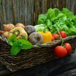 Lekko i smacznie - sprawdzone sałatki i dodatki warzywne na wszelkie okazje