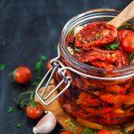 Przepis na domowe suszone pomidory