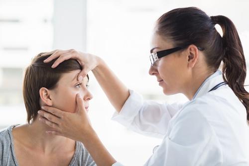 Laserowa korekcja wzroku – jakie wady pomaga wyleczyć?