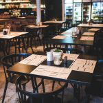 Kompleksowe wyposażenie restauracji – jakie meble wybrać?