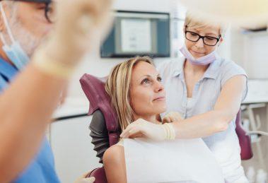 Dentysta i stomatologia - jak dobrze trafić