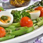 Zrównoważona dieta. Co powinieneś o niej wiedzieć?