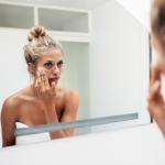 Pielęgnacja twarzy – praktycznie wskazówki codziennej rutyny!