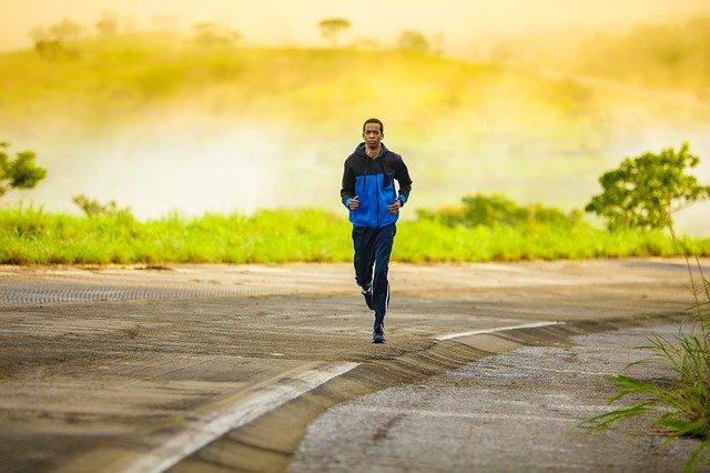 Kolano biegacza – jak sobie radzić, jak przeciwdziałać