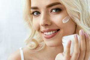 Jak poprawnie stosować kwas salicylowy w kosmetykach