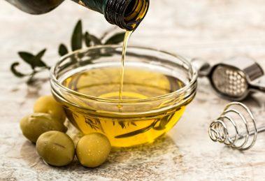 Oleje tłoczone na zimno - poznaj ich właściwości